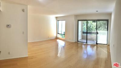 Los Angeles County Condo/Townhouse For Sale: 950 North Kings Road #205