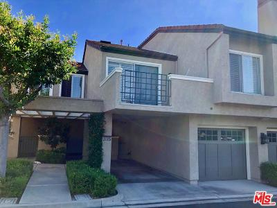 Irvine Condo/Townhouse For Sale: 335 Stanford Court #29