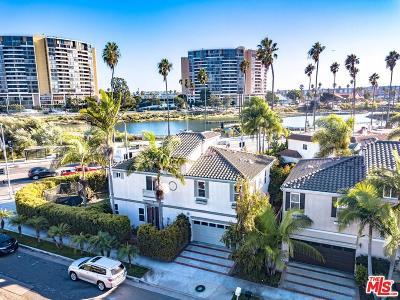 Venice Single Family Home For Sale: 682 Oxford Avenue