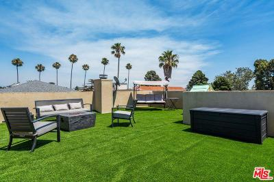 Santa Monica Condo/Townhouse For Sale: 1043 11th Street #5