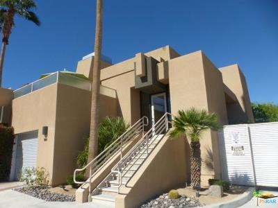 Palm Springs Condo/Townhouse For Sale: 100 East Stevens Road #504