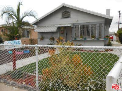 Los Angeles Single Family Home For Sale: 839 West 66th Street
