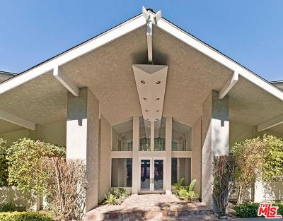 Los Angeles County Single Family Home For Sale: 4915 Winnetka Avenue