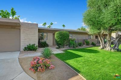 Palm Springs Condo/Townhouse For Sale: 1777 East Sandalwood Drive