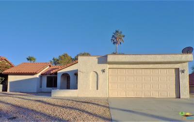 Desert Hot Springs Single Family Home For Sale: 64427 Pinehurst Circle