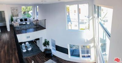 Hollywood Single Family Home For Sale: 6014 North Beachwood Lane