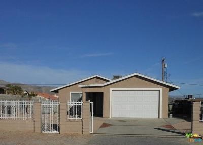 Desert Hot Springs Single Family Home For Sale: 15820 Via Vista