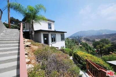 Single Family Home For Sale: 6864 Pacific View Drive