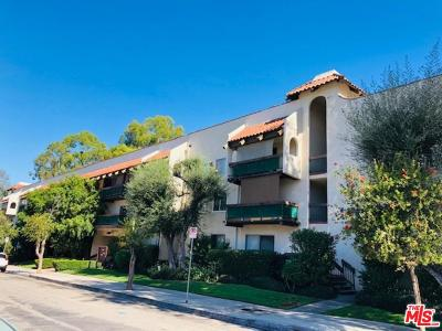Encino Condo/Townhouse For Sale: 5460 White Oak Avenue #G111