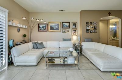 Cathedral City Condo/Townhouse For Sale: 67181 North Chimayo Drive