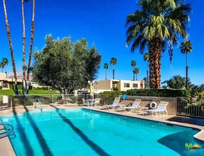 Palm Desert Condo/Townhouse For Sale: 73710 Roadrunner Court