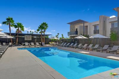 Palm Springs Condo/Townhouse For Sale: 132 The Riv #42