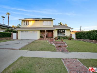Northridge Single Family Home For Sale: 11140 Yolanda Avenue