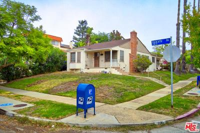 Pacific Palisades Single Family Home For Sale: 700 Radcliffe Avenue