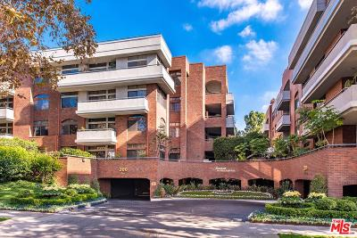 Beverly Hills Condo/Townhouse For Sale: 200 North Swall Drive #309
