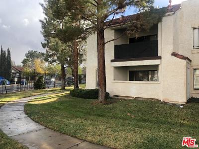 Palmdale Condo/Townhouse For Sale: 2554 Olive Drive #172