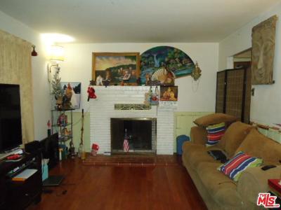Granada Hills Single Family Home Active Under Contract: 10557 Encino Avenue
