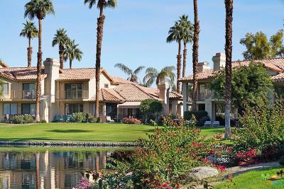 La Quinta Condo/Townhouse For Sale: 55393 Tanglewood