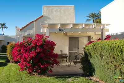 Palm Springs Condo/Townhouse For Sale: 1611 West Fairway Circle