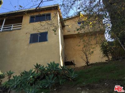 Los Angeles Single Family Home Active Under Contract: 3747 Dwiggins Street