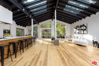 Pacific Palisades Single Family Home For Sale: 16426 Akron Street