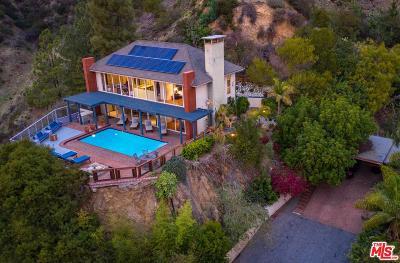 Single Family Home For Sale: 8573 Franklin Avenue