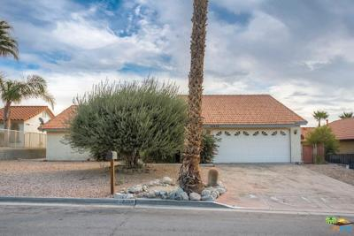 Desert Hot Springs Single Family Home For Sale: 64459 Pinehurst Circle