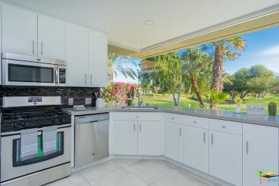 Rancho Mirage Condo/Townhouse For Sale: 29 Colonial Drive