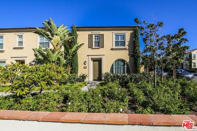 Irvine Condo/Townhouse For Sale: 165 Rose Arch