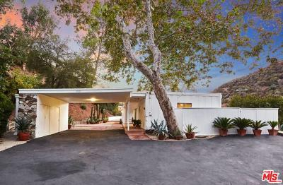 Single Family Home Active Under Contract: 3560 Mandeville Canyon Road