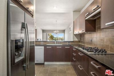 Studio City Condo/Townhouse For Sale: 11815 Laurelwood Drive #16