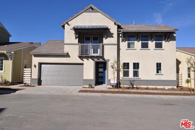 Canyon Country Condo/Townhouse For Sale: 25121 Citron Lane