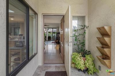 Palm Springs Condo/Townhouse For Sale: 484 East Via Ensenada Circle