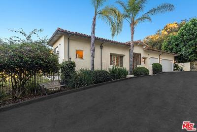 Studio City Single Family Home Active Under Contract: 12725 Hacienda Drive