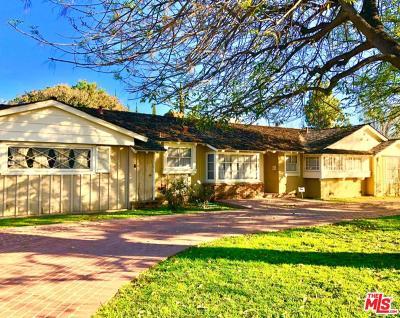 Winnetka Single Family Home For Sale: 8546 Hatillo Avenue