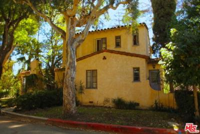 Los Angeles County Single Family Home Active Under Contract: 1626 North Kings Road