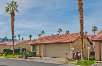 Palm Desert Single Family Home For Sale: 40845 Flying Sea Road