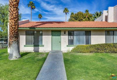 Cathedral City Condo/Townhouse For Sale: 96 Lakeview Circle