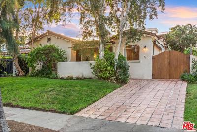 Single Family Home Active Under Contract: 107 South La Peer Drive