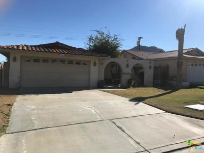 La Quinta Single Family Home For Sale: 51754 Avenida Vallejo