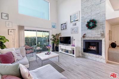 Los Angeles County Condo/Townhouse For Sale: 4311 Colfax Avenue #223
