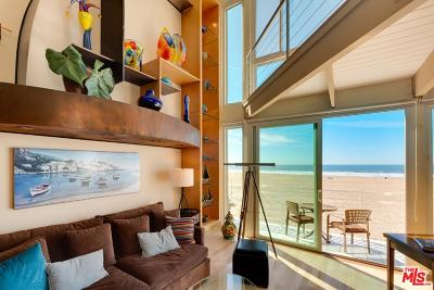 Condo/Townhouse Active Under Contract: 4403 Ocean Front #204