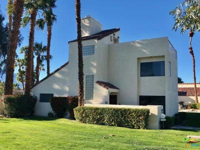 Rancho Mirage Condo/Townhouse Active Under Contract: 462 Sunningdale Drive