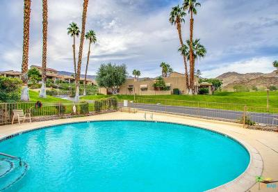 Palm Desert Condo/Townhouse For Sale: 72409 Glenview Circle
