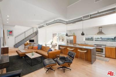 West Hollywood Condo/Townhouse Active Under Contract: 1137 Hacienda Place #105
