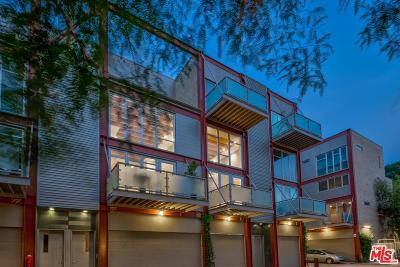 Condo/Townhouse For Sale: 3450 Cahuenga #411
