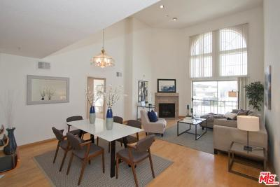 Studio City Condo/Townhouse For Sale: 11044 Acama Street #308