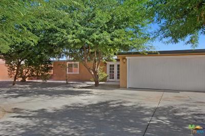 Palm Desert Single Family Home For Sale: 44086 Acacia Drive