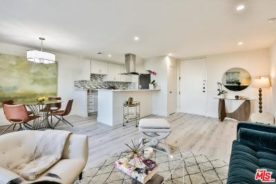 Condo/Townhouse Active Under Contract: 100 South Doheny Drive #1011