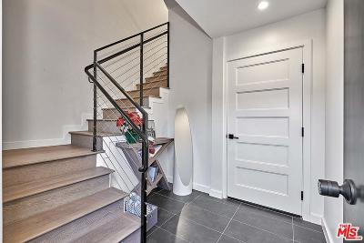 Single Family Home For Sale: 117 North Manhattan Place